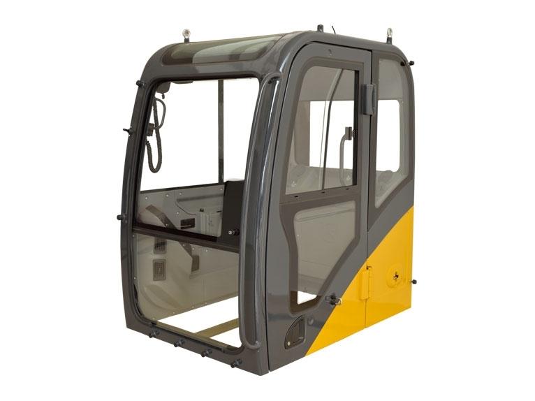 吊装货物时操作挖斗挖掘机驾驶室注意事项